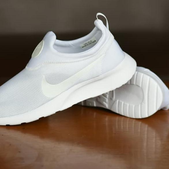 sepatu tanpa - Temukan Harga dan Penawaran Sneakers Online Terbaik - Sepatu  Wanita Januari 2019  7064a1bcf8