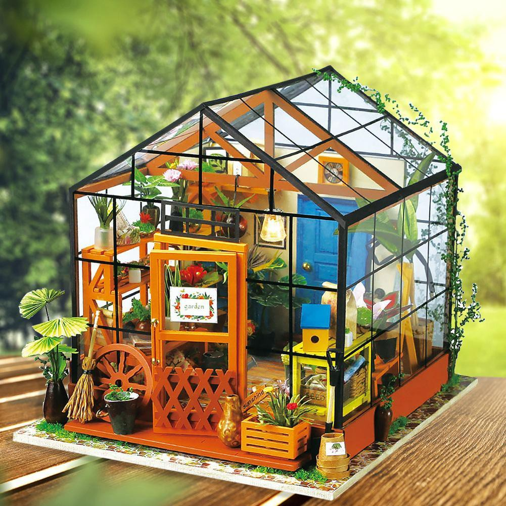 9000 Koleksi Gambar Rumah Kayu Warna Hijau Gratis Terbaru