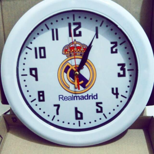 Jam Dinding Merk OGANA Gambar Club Bola Diameter