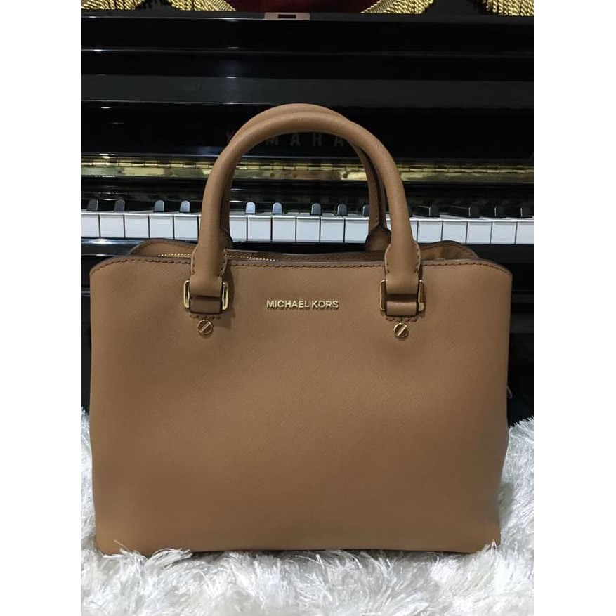 97c0b7ce6f3d9a Tas Michael Kors Savannah Large Satchel Acorn | Shopee Indonesia