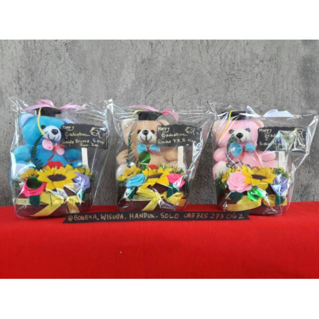 Buket Boneka Wisuda/Buket Bunga Flanel/Kado Boneka Wisuda | Shopee Indonesia