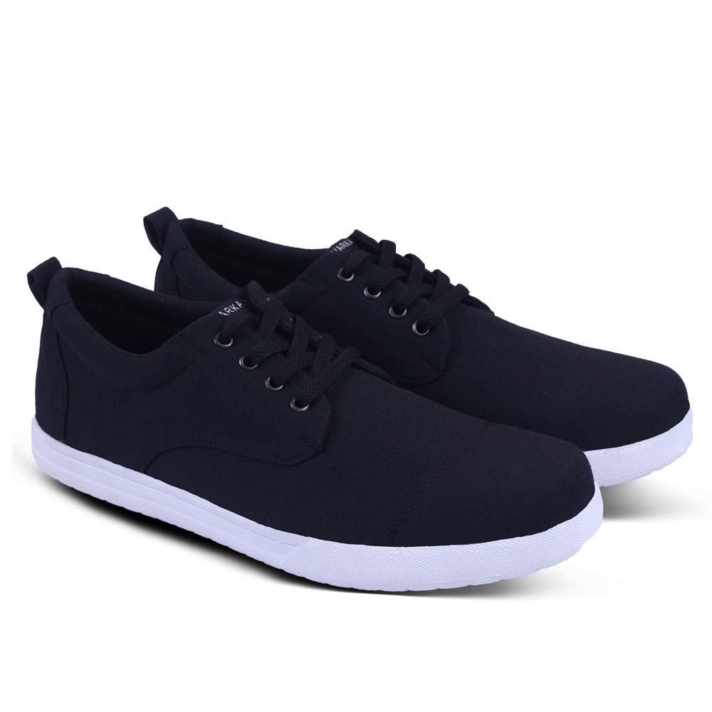 Sepatu Sneakers Varka V 063 Sepatu Kets dan Kasual Pria bisa untuk jalan  santai sekolah kuliah kerja  622912227b