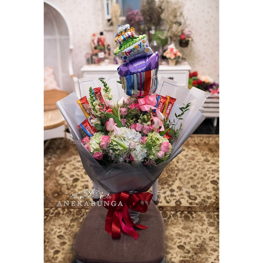 Buket Bunga Asli Balon Coklat Fresh Hand Bouquet Flower Baloon Chocolate Bucket Birthday Ulang Tahun Shopee Indonesia