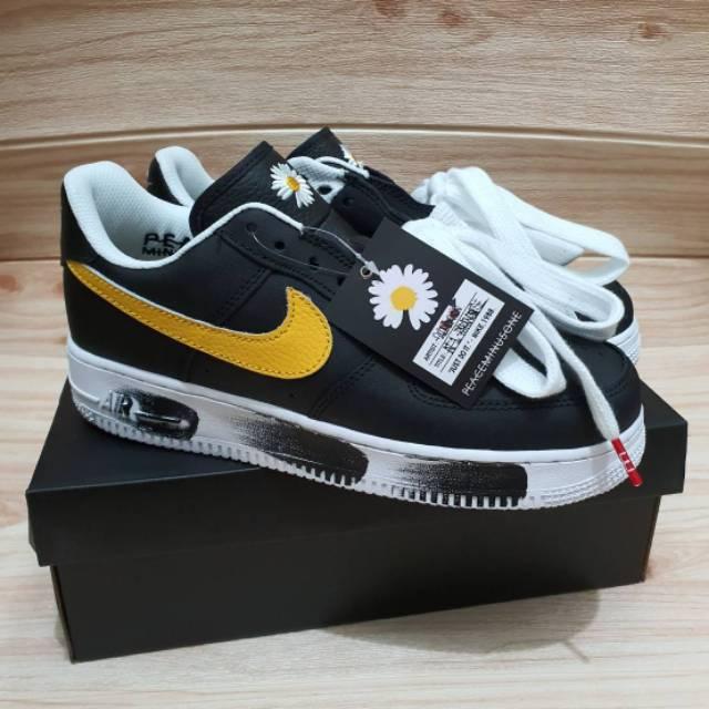 Sepatu Nike Air Force 1 X G Dragon Peaceminusone Para Noise Black White Yellow Buat Cowok Shopee Indonesia