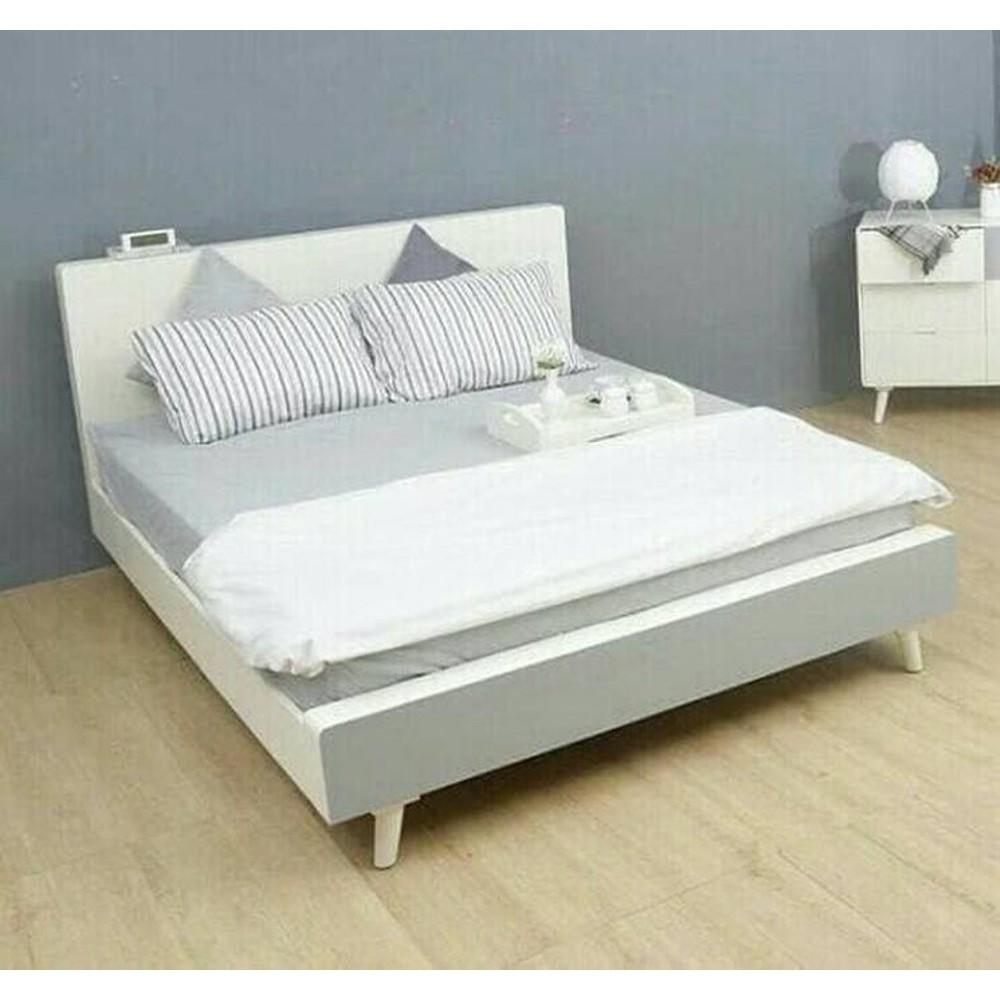Tempat Tidur - Dipan - Ranjang Minimalis Kayu Putih Duco
