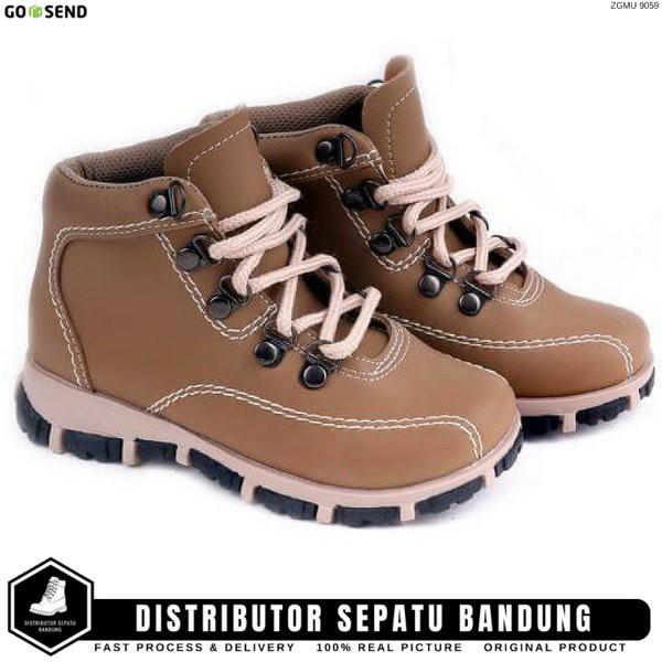 Sepatu Boots Balita Anak Laki-Laki Simple Cowok SH 9059 Tan bandung ... f35f09614b