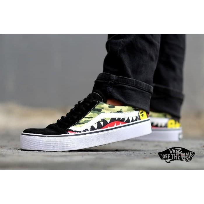 diskon murah sepatu sneakers trendy keren hits gaya vans sk8 nintendo mario  bros  1f7687e906
