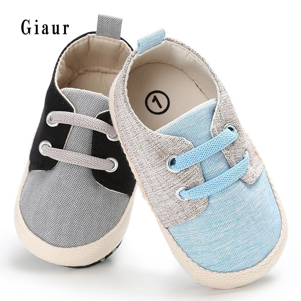 Sepatu Sneakers Wanita Model Flat Casual Breathable Bahan Kanvas Airwalk Jw Mules Red Dan Motif Garis