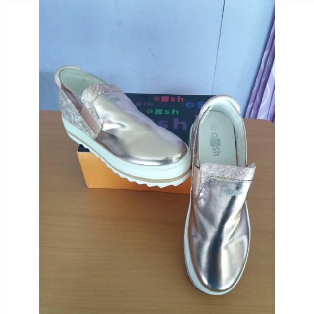 Sepatu Gosh uk.38  3d97917124