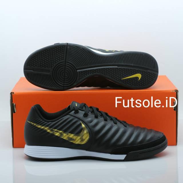 detaljerade bilder beställa separationsskor Sepatu futsal Nike Tiempo Legend 7 Academy IC 80674-07 Original ...