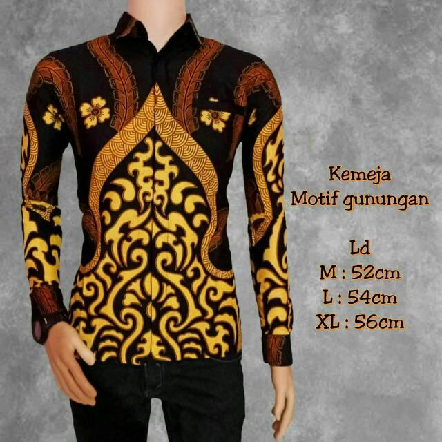Elegant Kemeja Batik Pria Lengan Panjang .