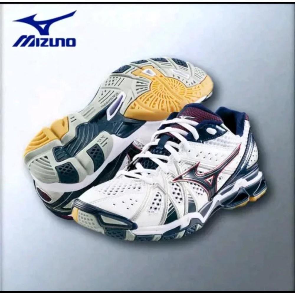 sepatu mizuno volly - Temukan Harga dan Penawaran Aksesoris Olahraga Online  Terbaik - Olahraga   Outdoor 4be8213c73