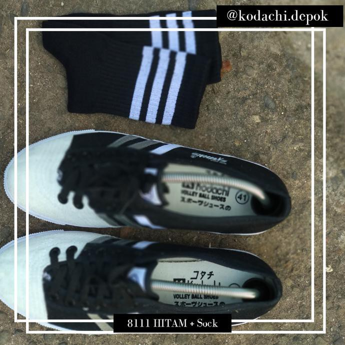 Sepatu kodachi 8111 hitam H + kaos kaki ...