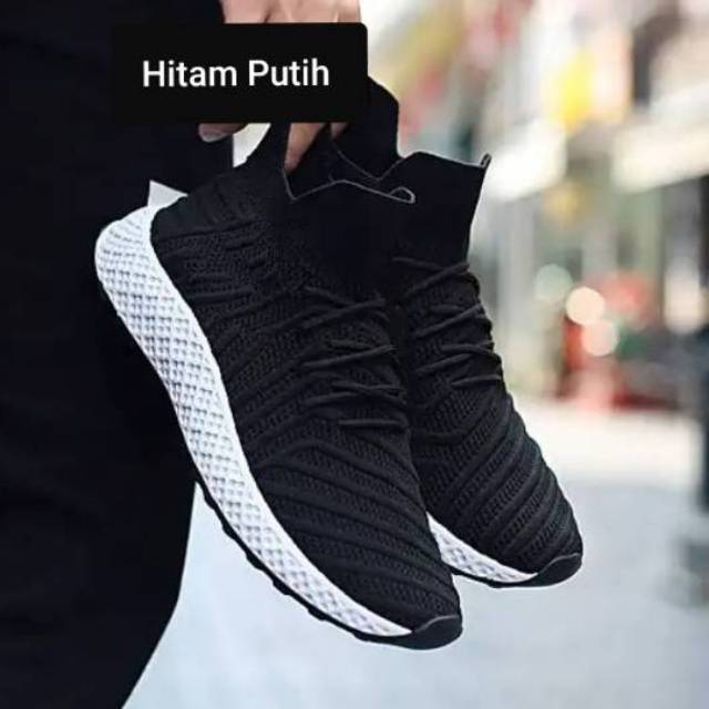 Sepatu Sneakers Desain Adidas Ultra Boost Warna Hitam   Abu-Abu Ukuran  36-44  37b78a2eb4