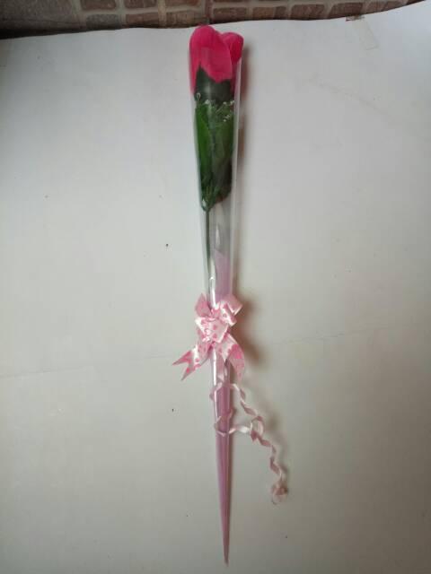Bunga Mawar Setangkai Plastik Buat Hadiah Valentine Hadiah Guru Hadiah Pacar Dll Shopee Indonesia