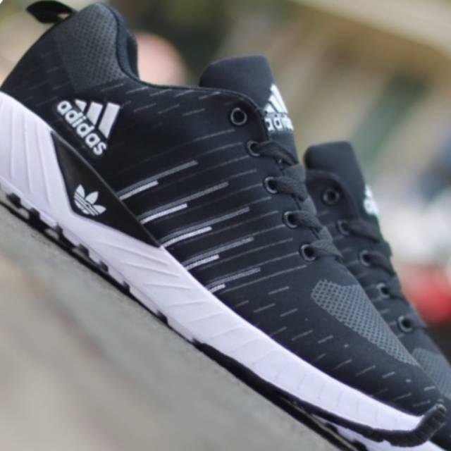 sepatu+adidas - Temukan Harga dan Penawaran Online Terbaik - Februari 2019   05a45d2ae9
