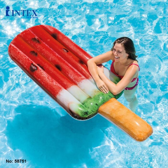 pool floats unik di e-commerce
