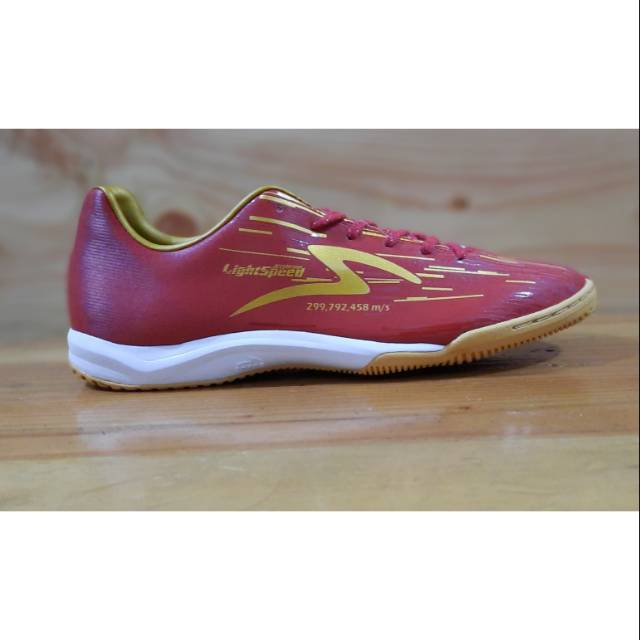 Sepatu Futsal Specs Acc Lightspeed Reborn Maroon 2020 Shopee Indonesia