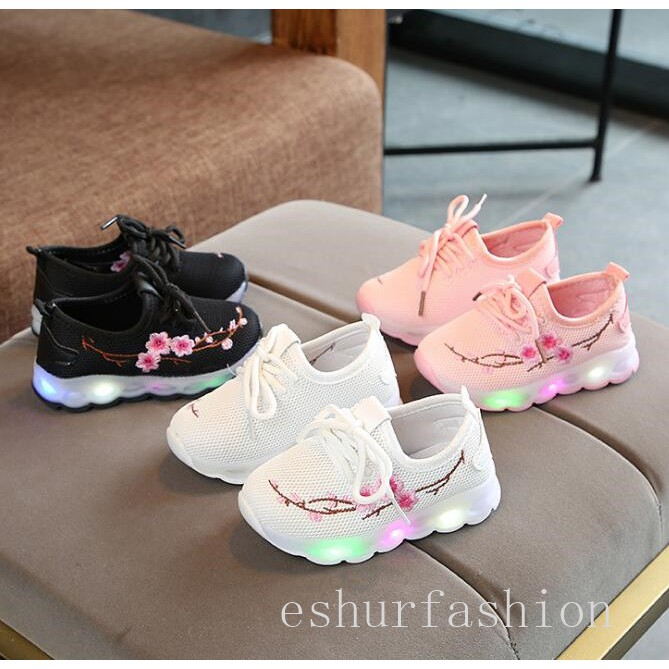 afa022a3e76 Sepatu Sekolah Anak Lampu   Adids Yezi   LED Knit Shoes