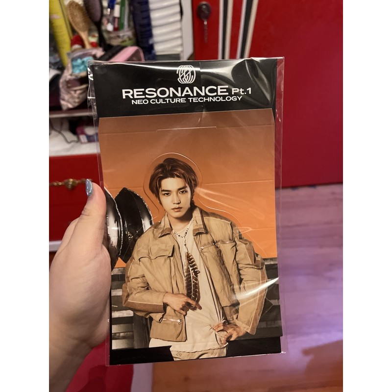 standee only taeyong resonance nct 2020holo