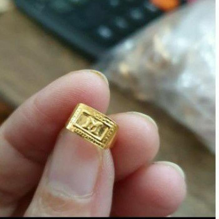 Cincin bayi huruf B N S A E M I inisial 700 70% emas asli 0,5 gram 0,5gr kado lahiran