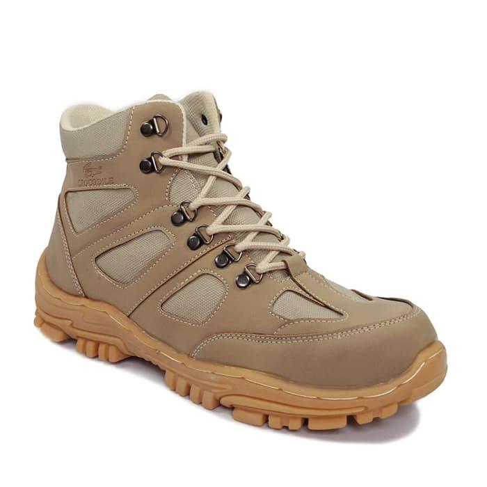 7e43477caf Sepatu Boots Pria Humm3r  Converse Vans Adidas Kickers Nike Delta ...
