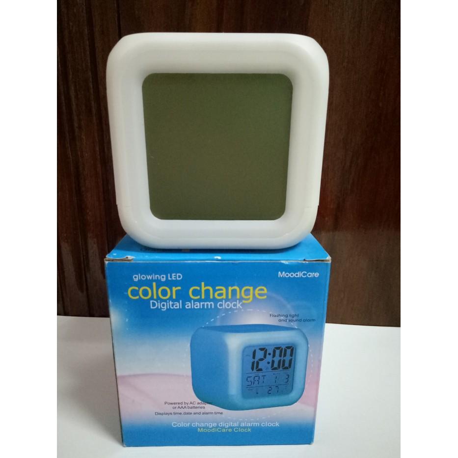 Jam Weker - Digital Glowing Alrm Clock - 7Led Color Change (Jam Beker)  eade92d4b6