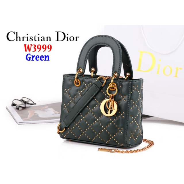 8ff8bfc62d TAS CHRISTIAN DIOR / LADY DIOR SUPER MINI TUTUP FREESYALL DAN GANTUNGAN |  Shopee Indonesia