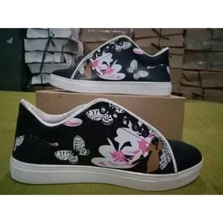Jual Produk Sepatu Wanita Online  2f790f9a42