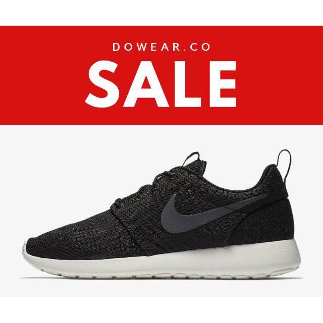 8b69f7acd3ed Sepatu ORIGINAL Nike Roshe one black