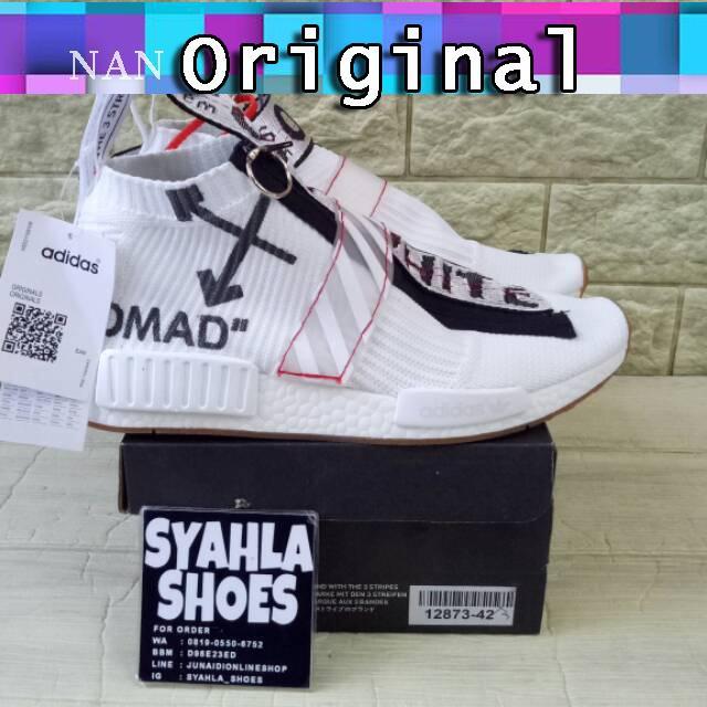 fc77ac3e5c333 Sepatu Sneakers Bertali Desain ADIDAS NMD CS2 Warna Putih untuk Pria    Wanita