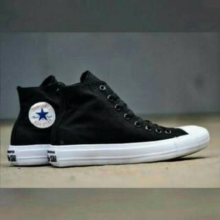 Sepatu Sekolah Kuliah Converse All Star High CT Chuck Taylor Lunarlon Pria  Cowo Laki Hitam Putih 564112e7ad