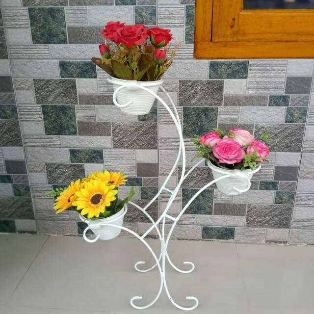 Rak Bunga Besi Model Rak Kursi Tempat Vas Bunga Cantik Bahan 100 Besi Kokoh Size Kecil Shopee Indonesia