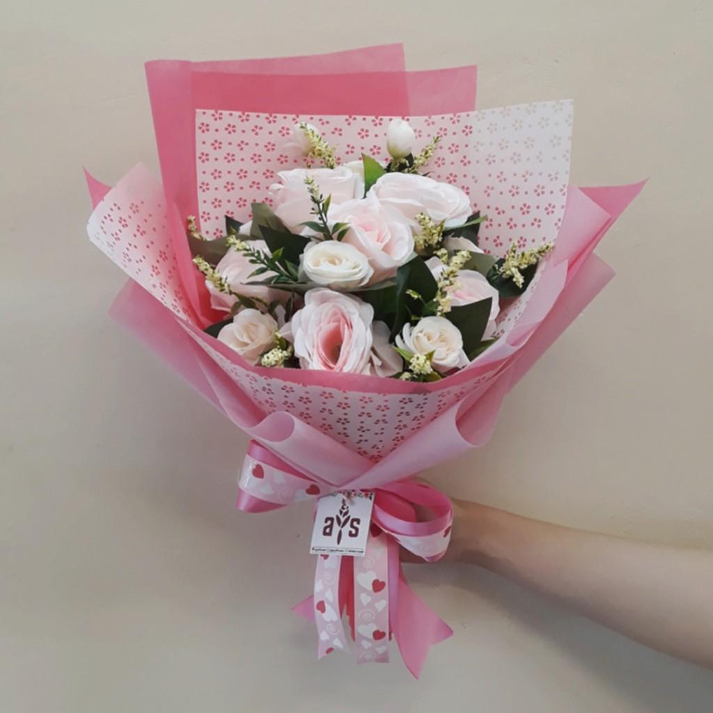 Buket Bunga Artificial Kado Wisuda Ulang Tahun Anniversary Engagement  1b82cb9658