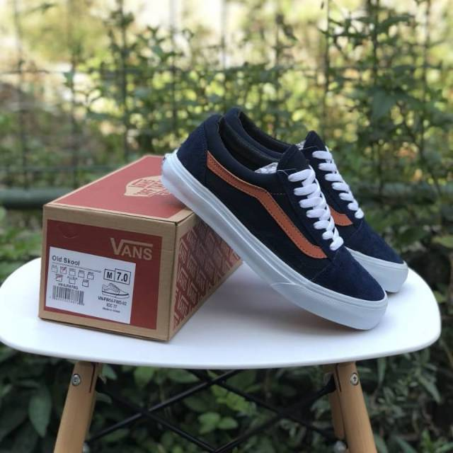 Sepatu Vans old skool trainer retro block vintage White Red Navy BNIB  Original Premium  9dec8be5f
