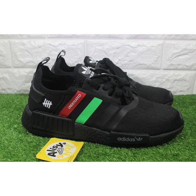 new york 162e1 7136f Sepatu Adidas NMD R1 Black X Undefeated