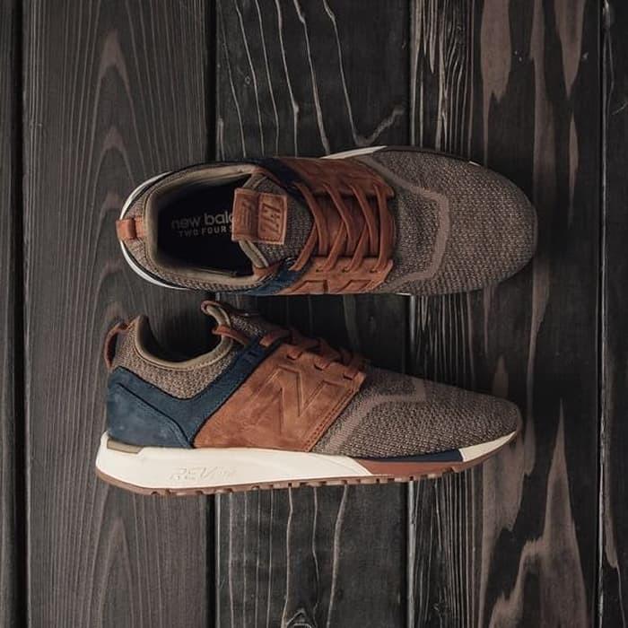 Sepatu New Balance 247 Luxe Pack Brown