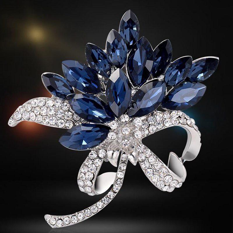 Vintage Tibetan Silver Crystal Rhineston Flower Collar Brooch Pin Jewelry Gift X