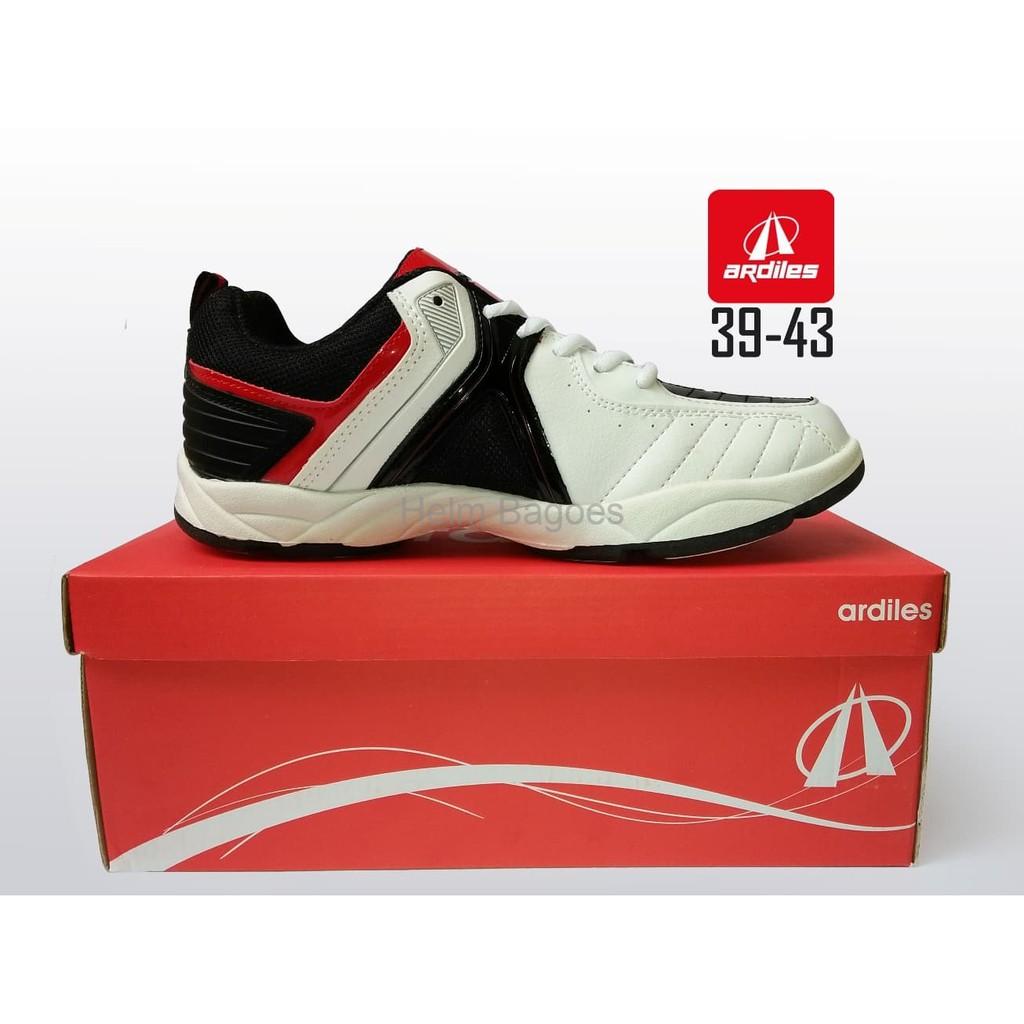Info Harga Ardiles Men Alpamayo Sepatu Running Abu Tua Manzone Zabivaka Batik B Slippers Grey 41 Superfly Badminton Merah Shopee Indonesia 44