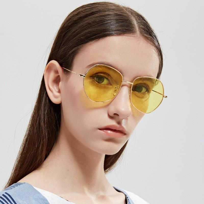 Kacamata Hitam Trendy Frame Setengah Lensa Transparan untuk Wanita | Shopee Indonesia