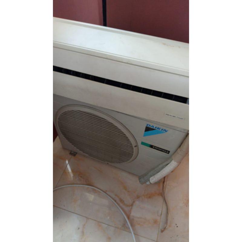 AC Daikin Inverter 1/2pk (Second)
