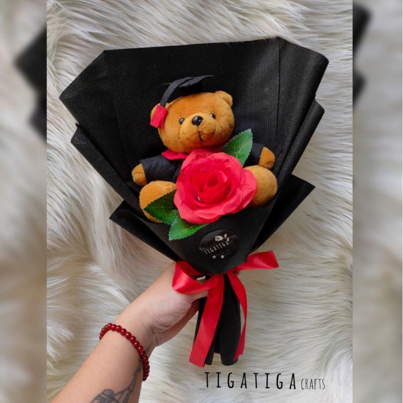 buket wisuda cowok | graduation gift | buket bunga | kado wisuda | buket boneka