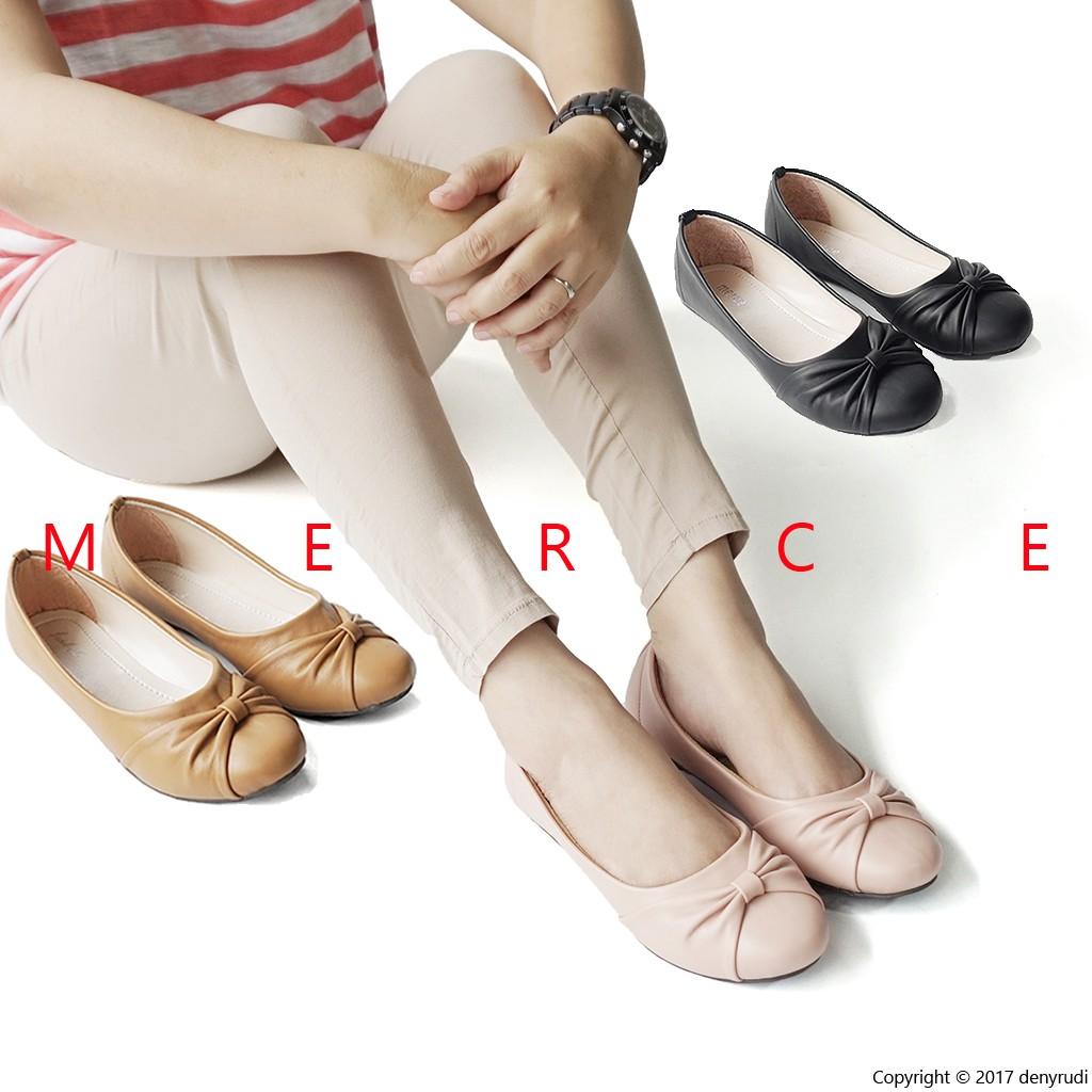Bayar Di Tempat Sepatu Slip-On Wanita Model Korea Old Beijing Flat Casual  Breathable Bahan Kanvas  2209736d01