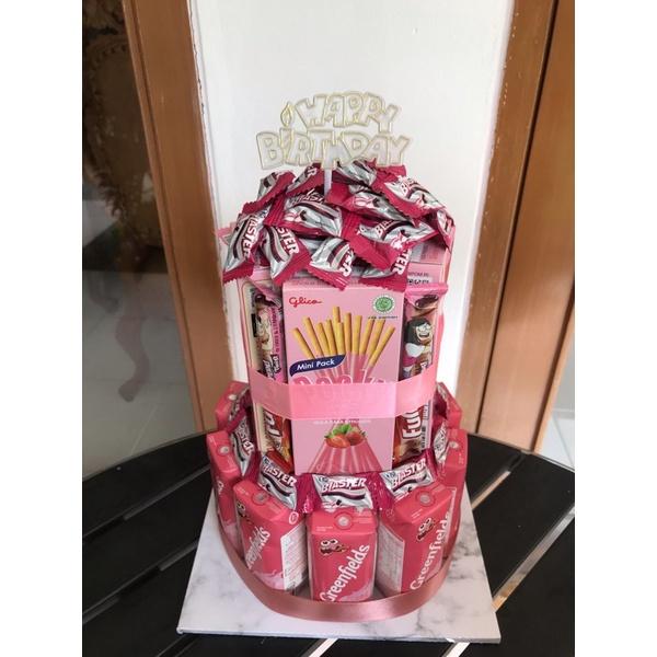 Snack Tower / Tower kue snack Bogor/ snack coklat tower ulang tahun