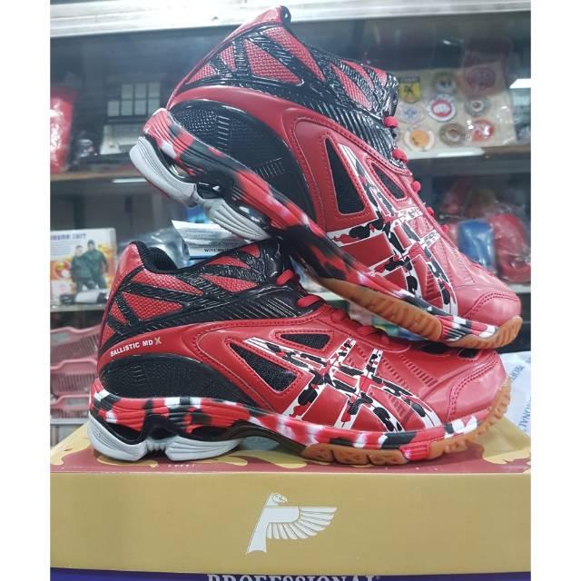 Sepatu Voli Volley Professional Ballistic MD X  05afb6fdff