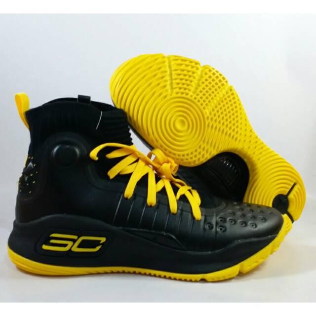 e8758e3ff359 Sepatu Basket Curry 2 Black Knight