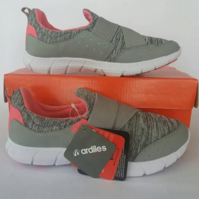 Sepatu wanita slip on ardiles fp ariana abu-abu original  f1323233d7