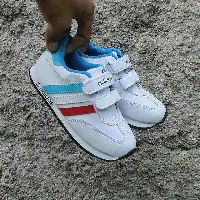 Terbaru Sepatu Adidas Anak 27 33 Umur 2 5 Tahun Sneakers Anak