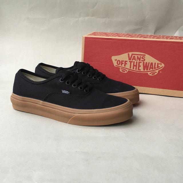 Sepatu Vans Oldskool Mono Black Gum Size 39-43 Grade Ori Import Made In  China  1ba6fb4750