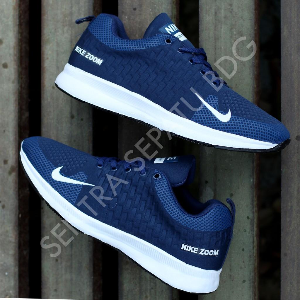 Sepatu Nike Badminton Hitam Putih Pria Wanita Airmax Store Running Futsal  Sekolah Kuliah Lari Sport  826f6598fa